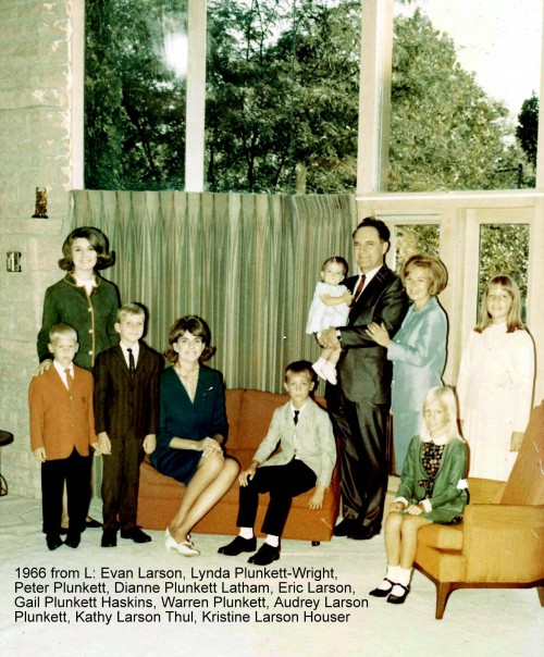 1966WarrenPlunkettFamilyLbl